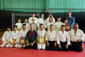 group_students_aikido
